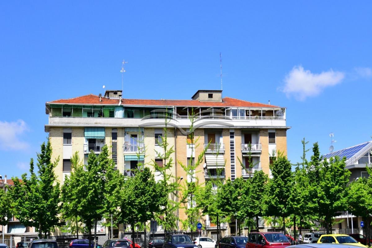 Vendita laboratorio di 97 m2, Valenza (AL) - Agenzia ...